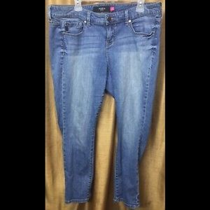 Torrid Light Wash Ankle Jeans